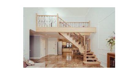 забежные лестницы с поворотом на 90