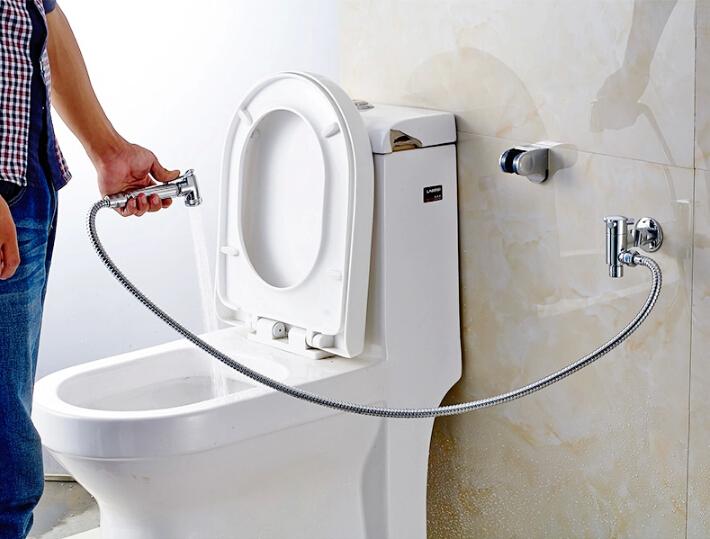 Гигиенический душ — сантехнический аксессуар для тесных санузлов