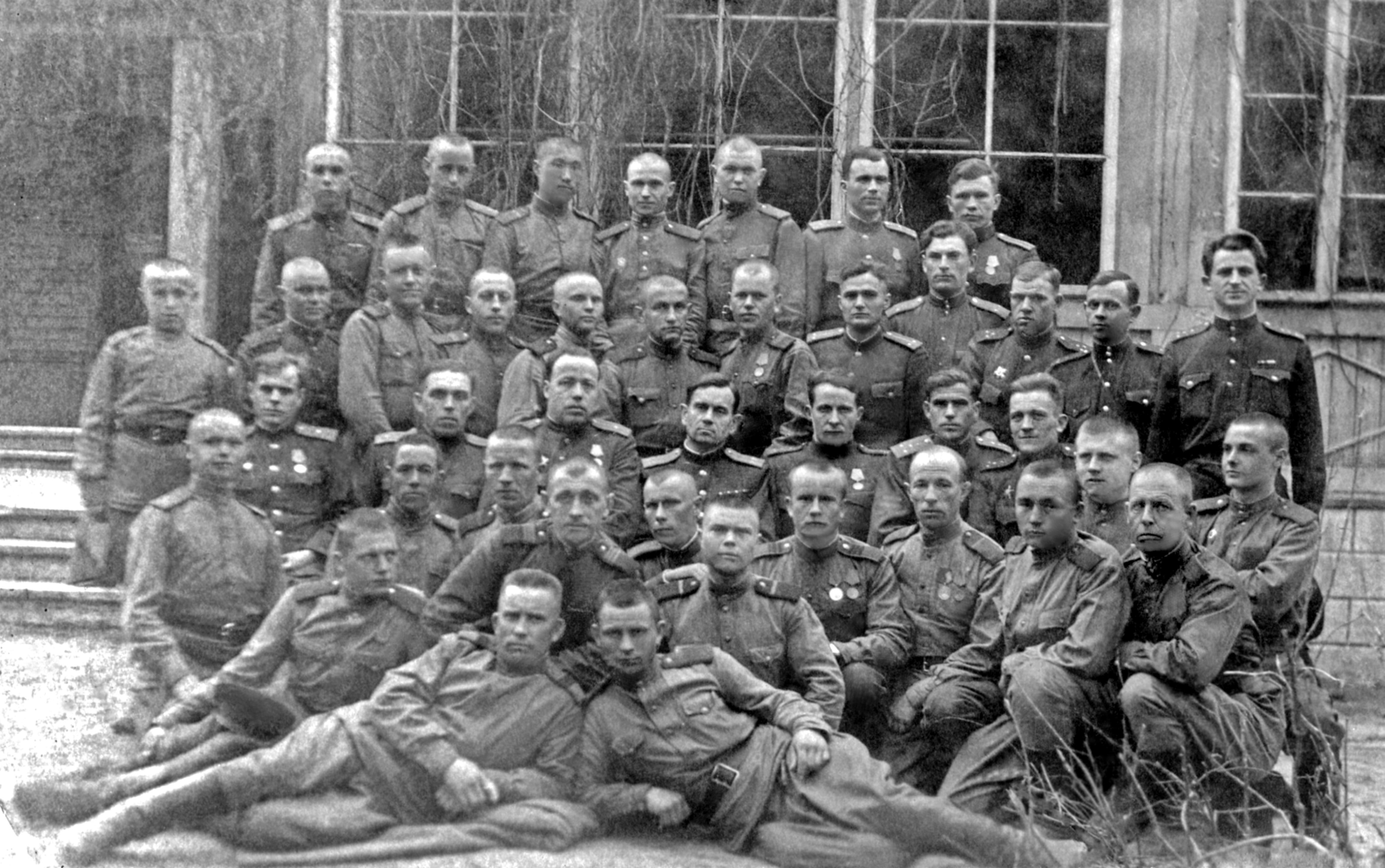 военный архив фото акишин а в содержит ряд сердечных