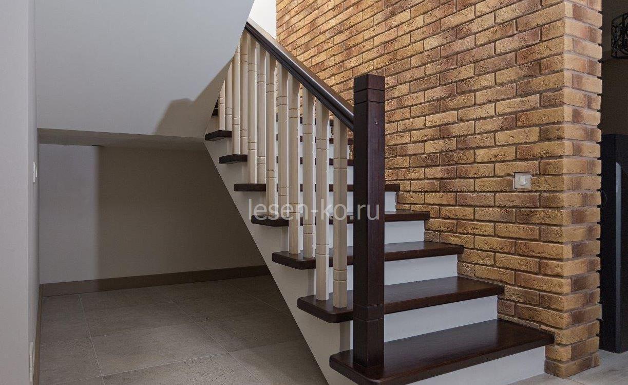 Изготовление лестниц из дерева выбор материала