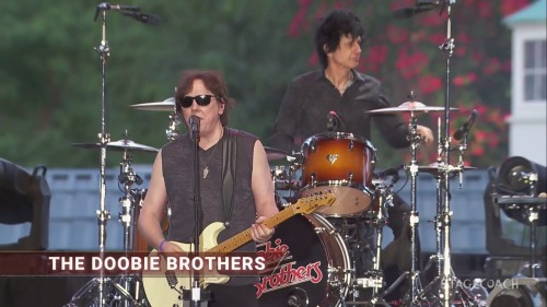 The Doobie Brothers - Stagecoach Music Festival (2016)