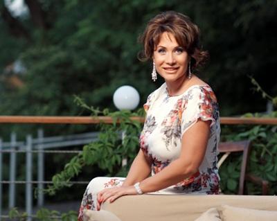 Жена Дмитрия Фирташа Лада Фирташ