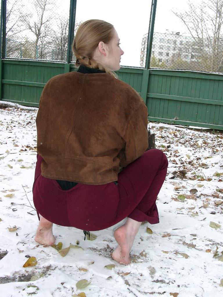https://www.imageup.ru/img213/3455413/nastya2003sity-feet.jpg