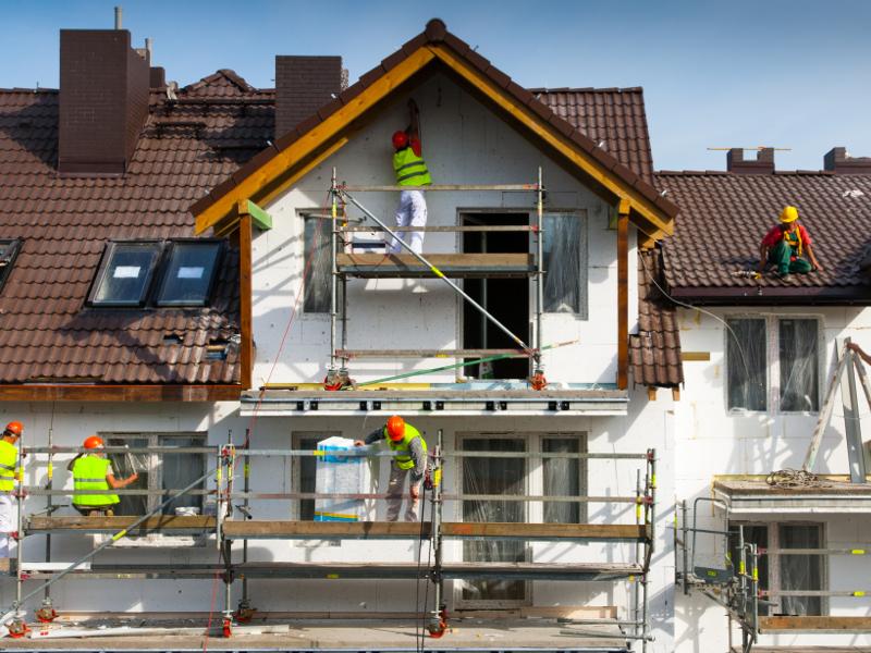 Своевременный ремонт фасада – комфортная и безопасная эксплуатация помещения
