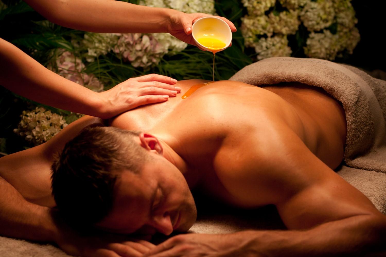 Высокопрофессиональный эротический массаж и его польза