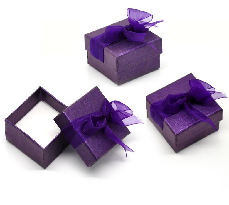 Упаковка для ювелирных украшений от производителя: разнообразно и выгодно