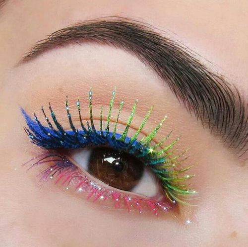 Глаза-хамелеоны и разноцветные глаза. Как эффектно подчеркнуть необычную внешность?