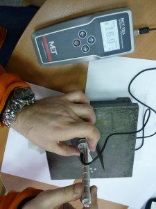 измерение твёрдости графита портативным динамическим твердомером МЕТ-Д1А