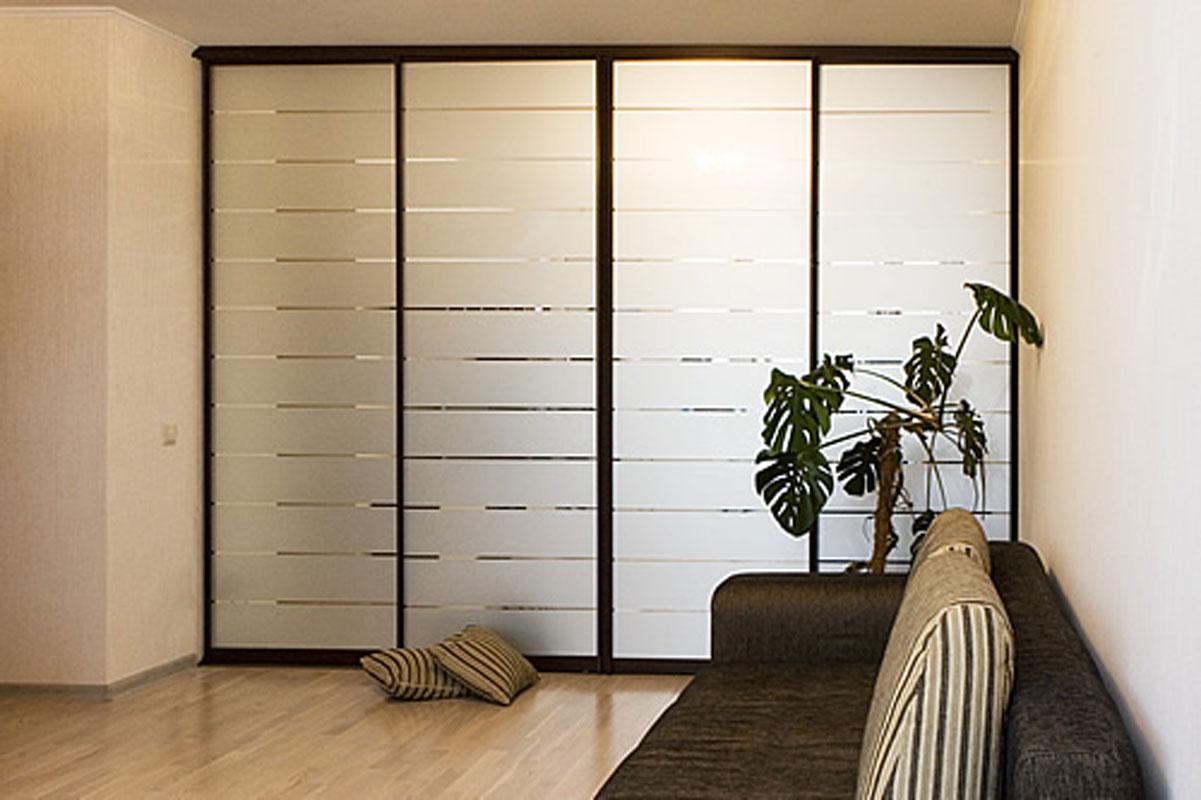 Преимущества и классификация современных шкафов-купе